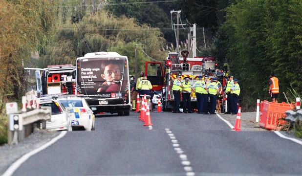 Woman, kids killed in 'horrific' crash in Auckland, New Zealand